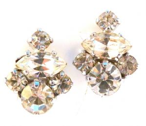 Vintage Clip On Rhinestone Earrings.